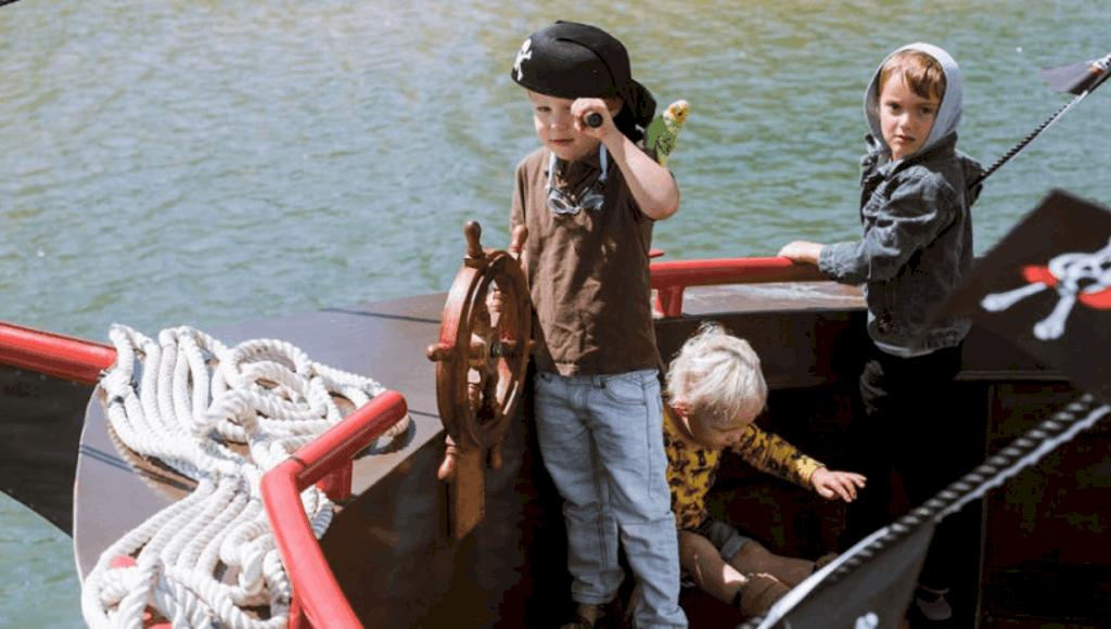 school holiday activities in Mandurah Pirate Cruise