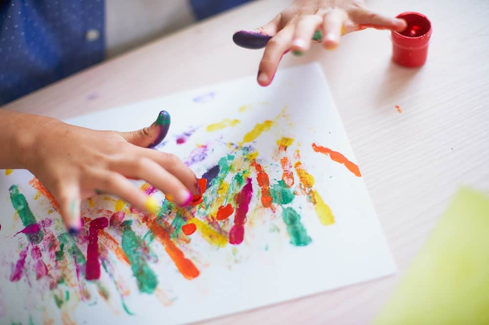 Get art and crafty at these kids holiday programs